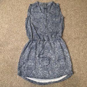 Lightweight patterned blue dress